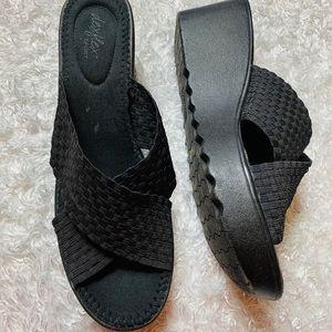 Dexflex Sport Wedge Memory Foam Sandal Slide Sz 11